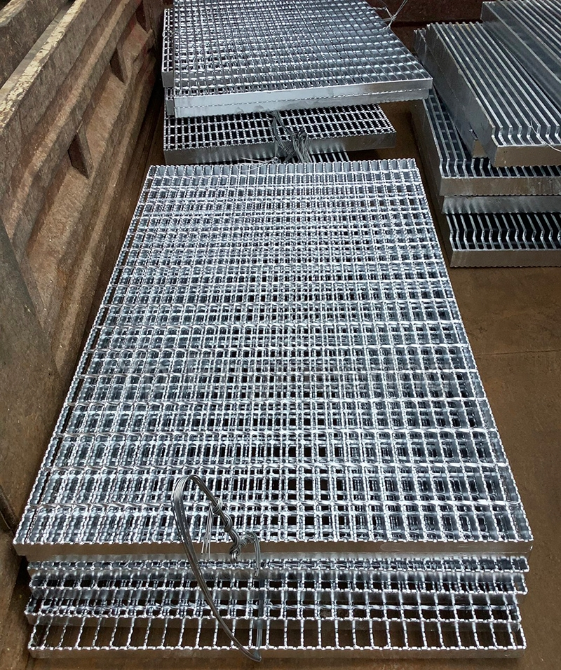 serrated grating4